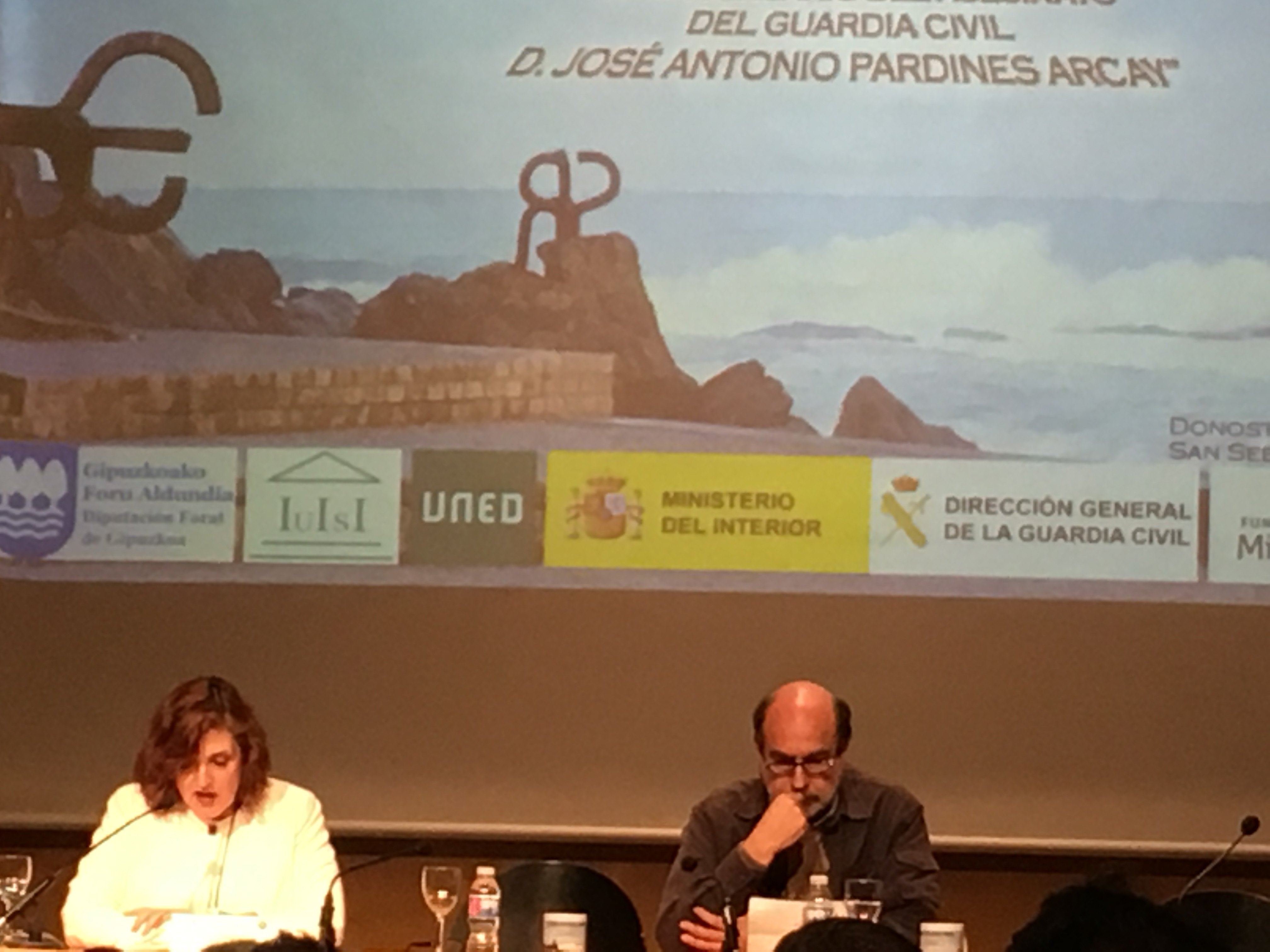 """Cristina Cuesta y Felipe Hernández Cava durante la presentación del documental """"Nacional I""""."""