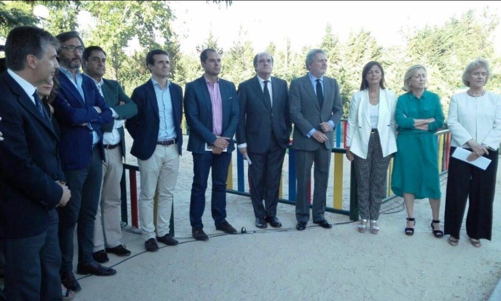 Autoridades durante el acto por Miguel Ángel Blanco en Madrid