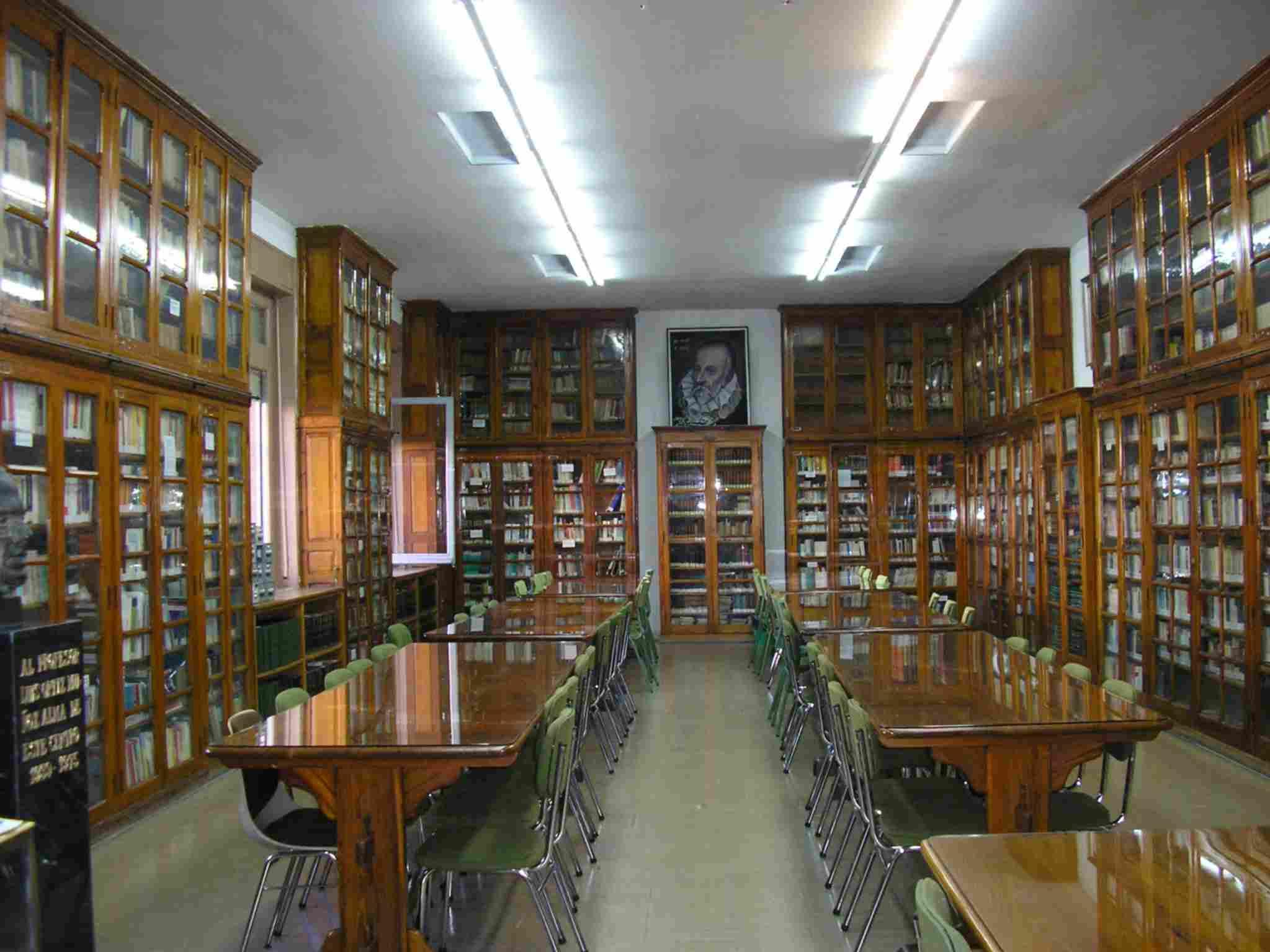 Biblioteca del IES Ramiro de Maeztu de Madrid.